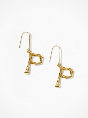NLY Accessories örhängen Bamboo Letter Earrings P