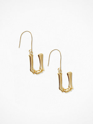 NLY Accessories örhängen Bamboo Letter Earrings U