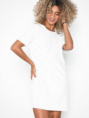 NLY Eve Square Back T-Shirt Dress