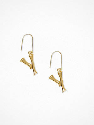 NLY Accessories örhängen Bamboo Letter Earrings Y