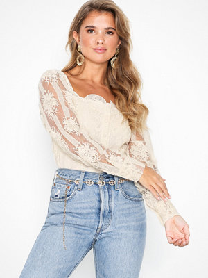NLY Trend Moments Lace Blouse