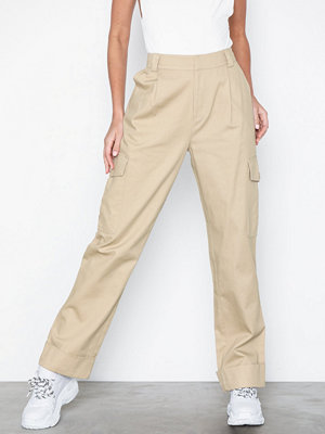 NLY Trend omönstrade byxor Baggy Cargo Pants