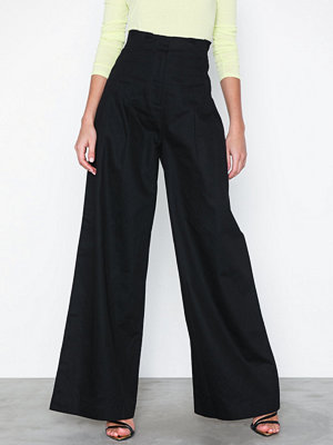 NLY Trend svarta byxor High Waist Wide Pants