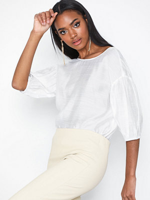 NLY Trend Perfect Puff Top