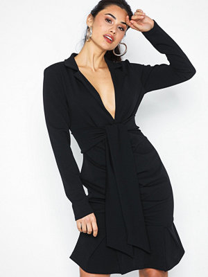 NLY Trend Twist Blazer Dress