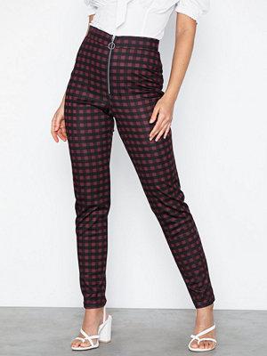 NLY Trend rutiga byxor Check Zip Pants