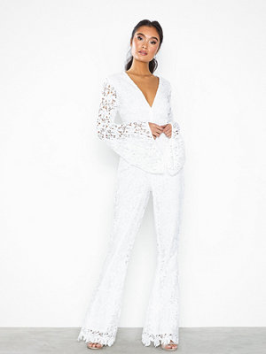 Missguided Lace Long Sleeved Jumpsuit