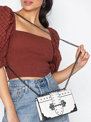NLY Accessories omönstrad axelväska Studded Shoulder Bag