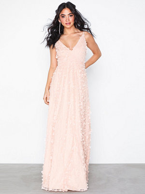 NLY Eve Floral Dream Gown