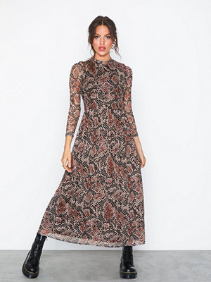 Sisters Point New Gia Dress