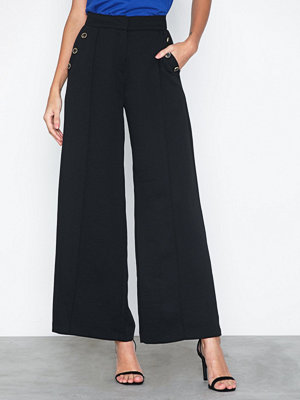River Island svarta byxor Button Detail Wide Leg Trousers