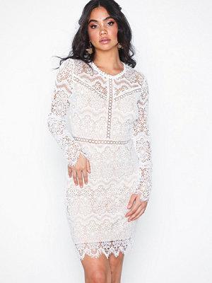 Festklänningar - Love Triangle Champange Taste Mini Dress