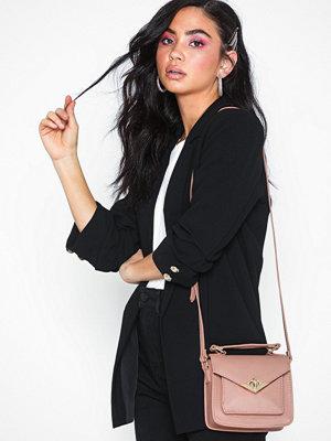 Vero Moda persikofärgad axelväska Vmsanne Cross Over Bag