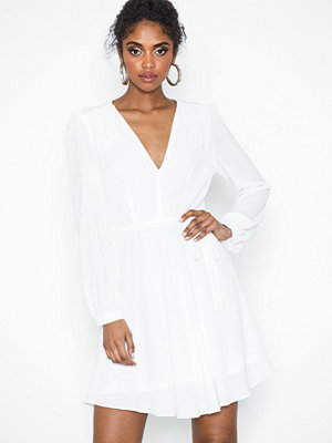 Glamorous Long Sleeve Flounce Dress