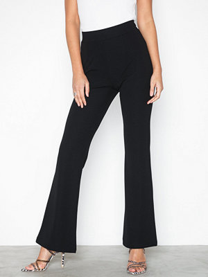 NLY Trend svarta byxor Tailored Bootcut Pants