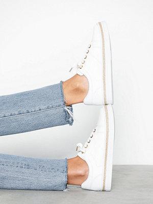 Sneakers & streetskor - River Island Clean Lace Up Detail Sneaker