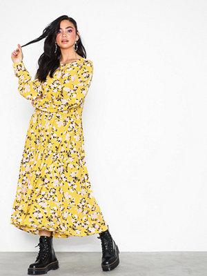 Pieces Pcmegan Ls Medi Dress D2D