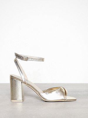 NLY Shoes Twist Heel Sandal