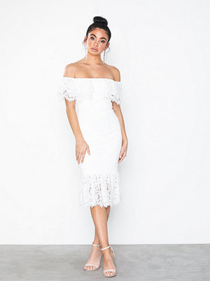 Festklänningar - Rare London Off The Shoulder Lace Midi Dress