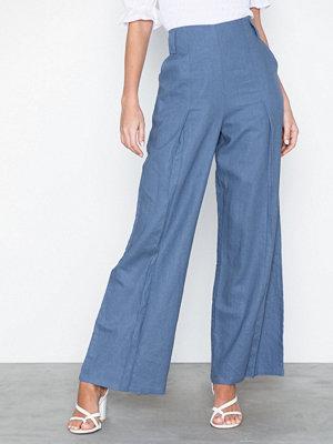 NLY Trend blå byxor Wide Spring Pants