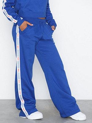 Nike blå byxor NSW Pants