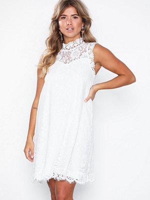 Dry Lake Daphne Dress