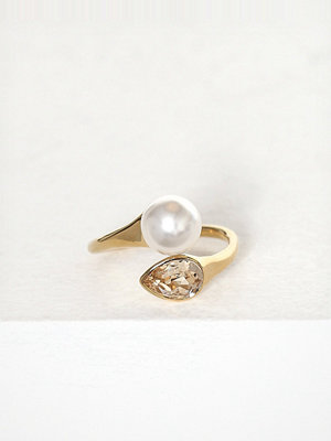 Lily and Rose Ella Ring Ivory