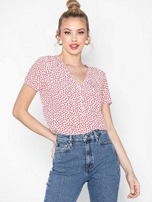 Calvin Klein Jeans V Neck Drapey Ss Top