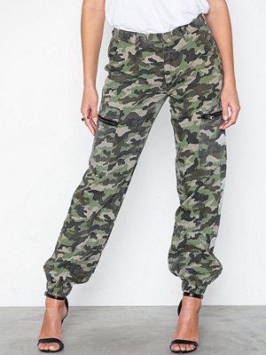 Glamorous mönstrade byxor Cargo Pants