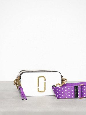 Marc Jacobs ljuslila axelväska Snapshot Bag
