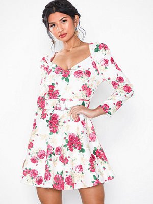 NLY Eve Belted Puff Sleeve Dress