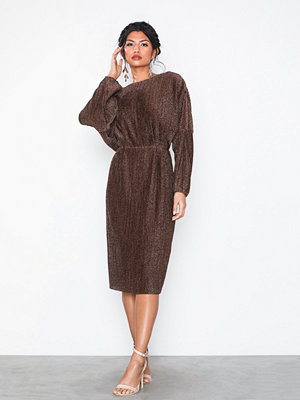 NLY Eve Pleated Balloon Sleeve Dress