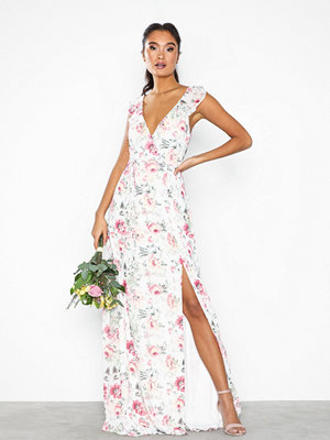 NLY Eve Flowy Flounce Wrap Gown Blommig