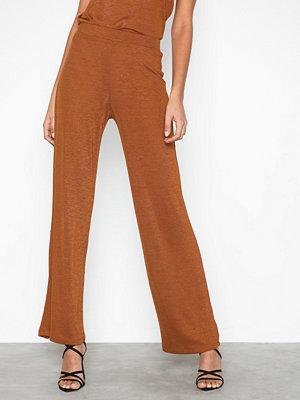 NLY Trend bruna byxor Desert Wide Pants