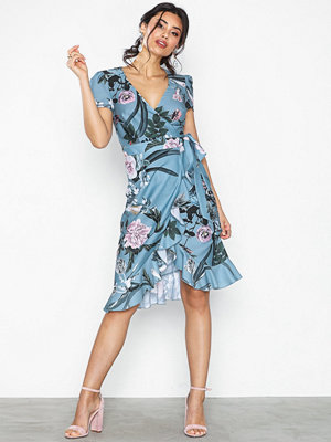 Little Mistress Short Sleeve Midi Flower Dress