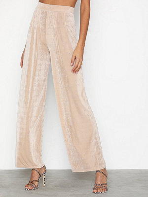 NLY Trend byxor Glamorous Palazzo Pants Champagne