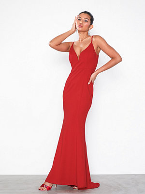 NLY Eve Heartshaped Strap Gown