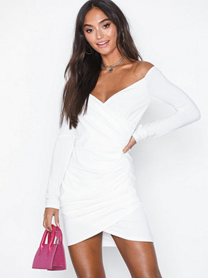 Ax Paris Long Sleeve Offshoulder Dress White