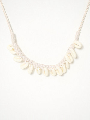 Glamorous halsband Shell Charm Necklace
