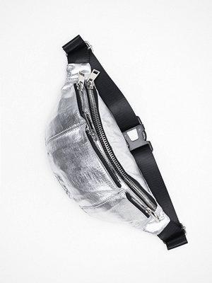 Topshop ljusgrå axelväska Warsaw Nylon Bag