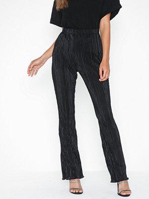 Topshop svarta byxor Plisse Flare Trousers