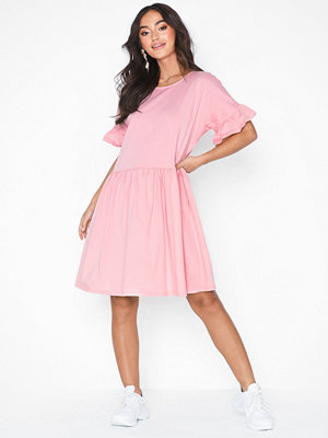 NLY Trend Frill Sleeve Dress