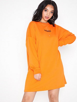 Missguided Slogan Sweater Dress