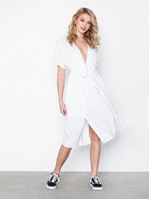 Glamorous Short Sleeve Midi Flounce Dress