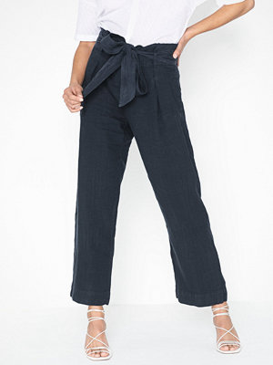 Morris svarta byxor Elba Linen Trousers