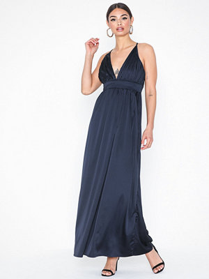 Sisters Point Maja Long Slip Dress