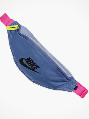Nike omönstrad axelväska Nk Heritage Hip Pack