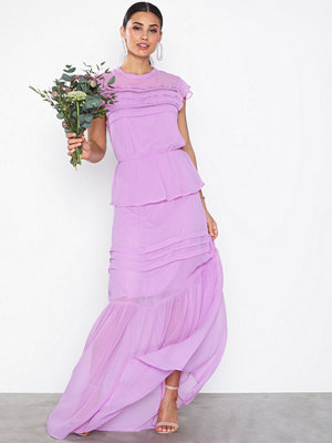 NLY Eve Dreams Come True Gown Lila