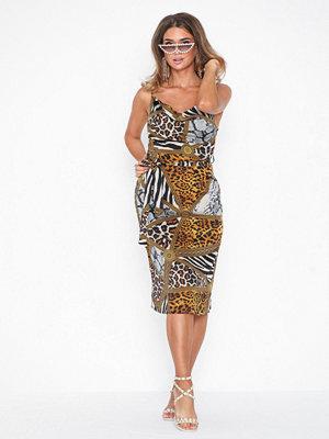 Festklänningar - Missguided Animal Satin Midi Dress