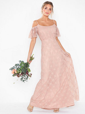 NLY Eve Dream Off Shoulder Lace Gown